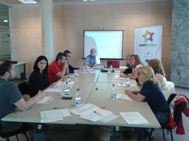 Grupos de discusion:Analisis y evaluacion de competencias laborales y evaluacion del desempeño